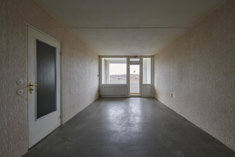 Dokumentation eines Appartements: Wohnraum und Loggia