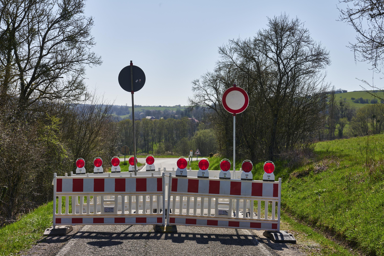 Einige Tage später: deutsch-französische Grenze, Niedergailbach/Obergailbach